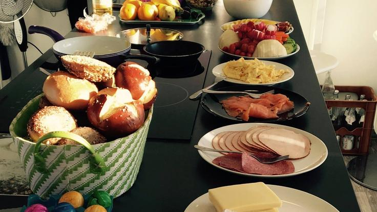 Tägliches Frühstücksbuffet.jpg