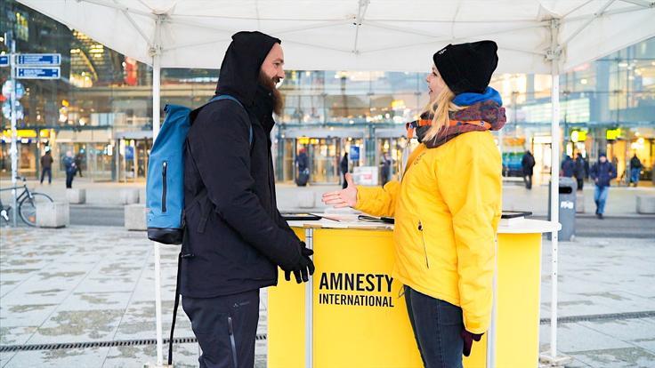 dein Ferienjob für namhafte Hilfsorganisationen wie z.B. Amnesty International