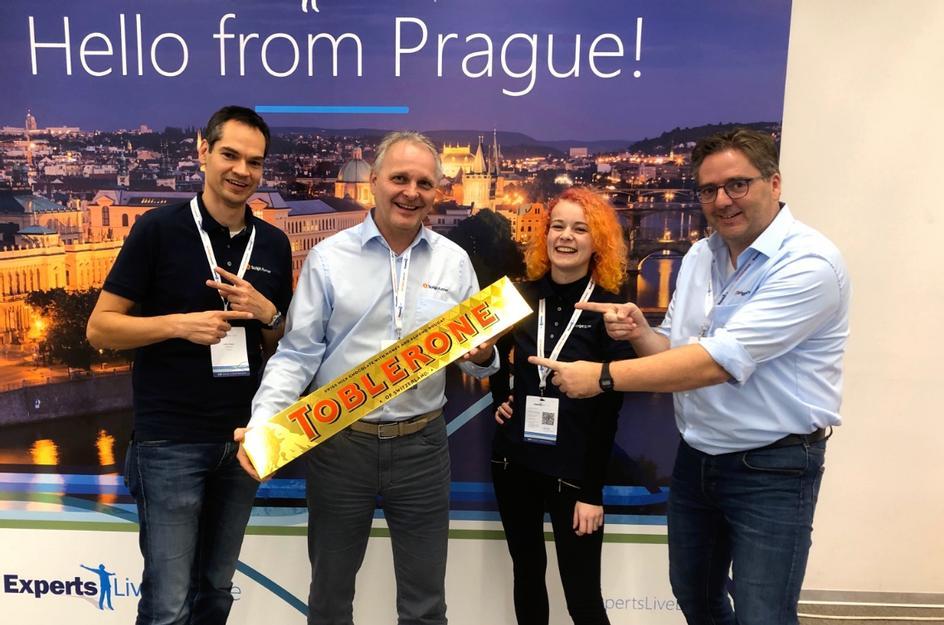 CEO Frank Kresse mit Kollegen