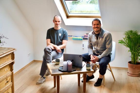 Hady & Marius in der Wohnung